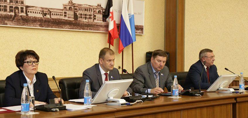 Депутаты Городской думы Ижевска внесли изменения в муниципальный бюджет