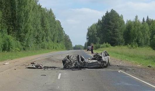 В Дебесском районе Удмуртии в аварии погибли трое жителей Пермского края