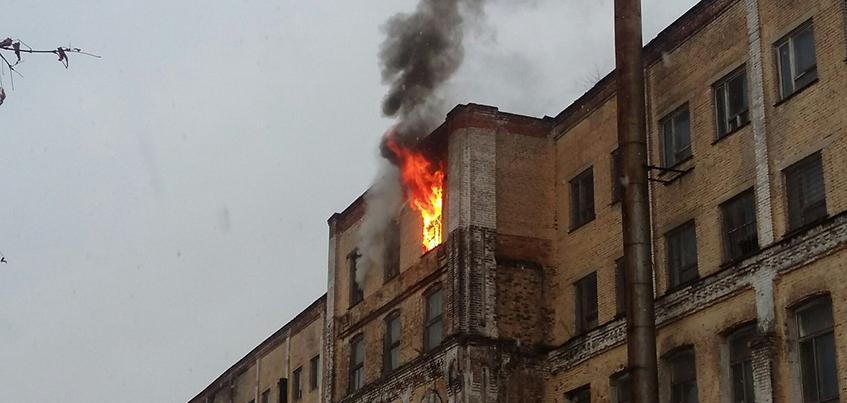 В пустом корпусе концерна «Калашников» произошел пожар