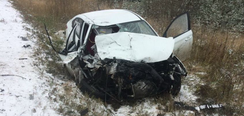 В Балезинском районе Удмуртии 59-летний водитель иномарки погиб в ДТП с фурой