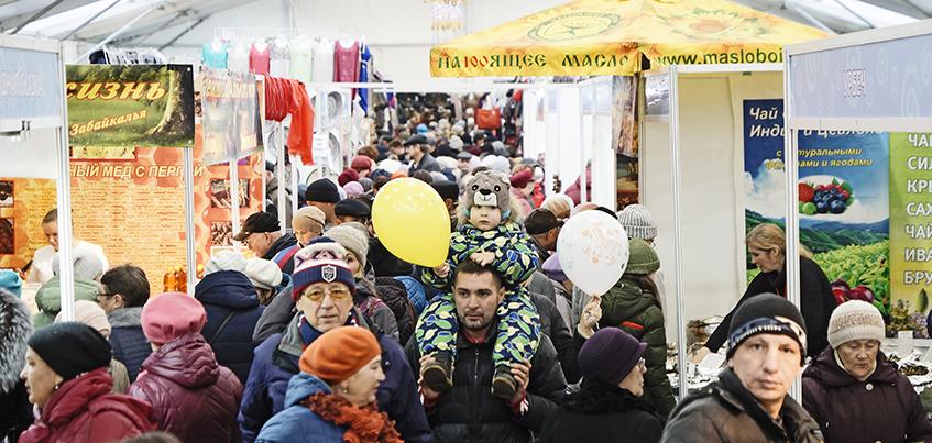 Праздничные выходные жители Удмуртии проводят на «Народной ярмарке»