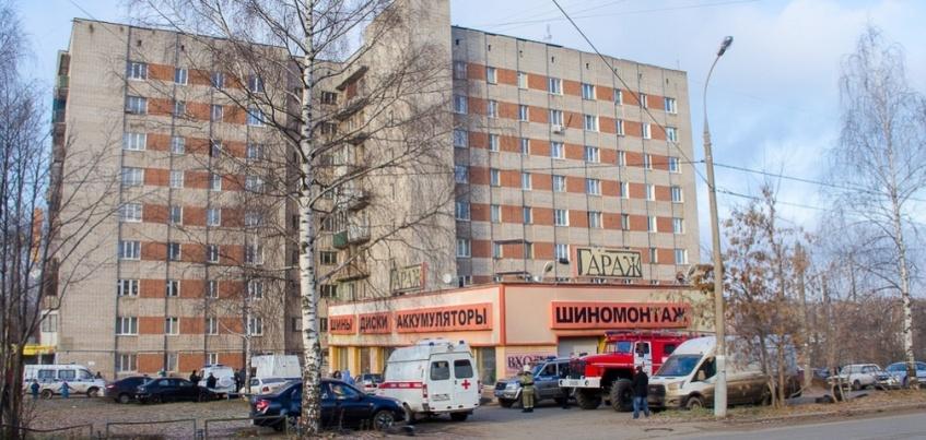 В Ижевске на улице Ворошилова эвакуировали жильцов многоэтажки