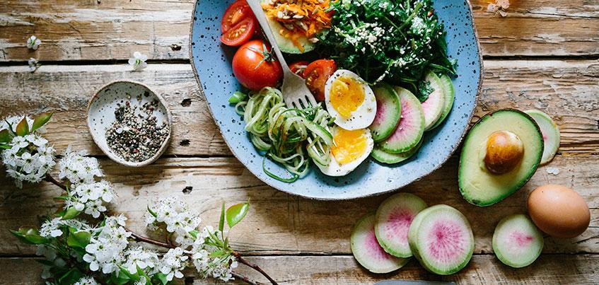 10 продуктов, которые лечат: почему ижевчане выбирают скумбрию и какой овощ помогает от головной боли?