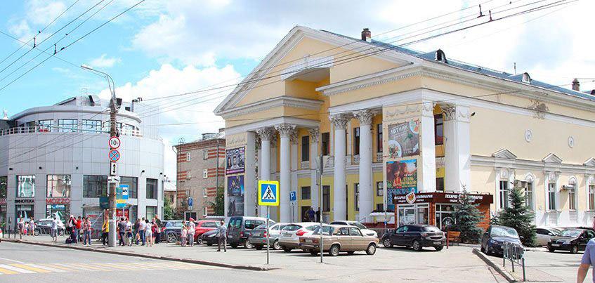 Здание кинотеатра «Дружба» в Ижевске выставили на продажу