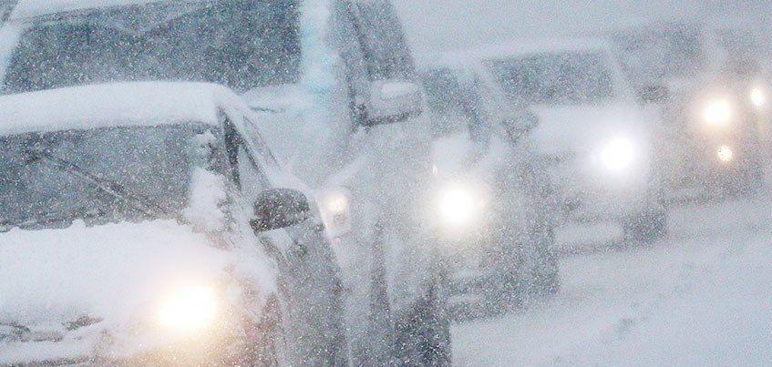 МЧС Удмуртии предупреждает о снегопаде и сильном ветре