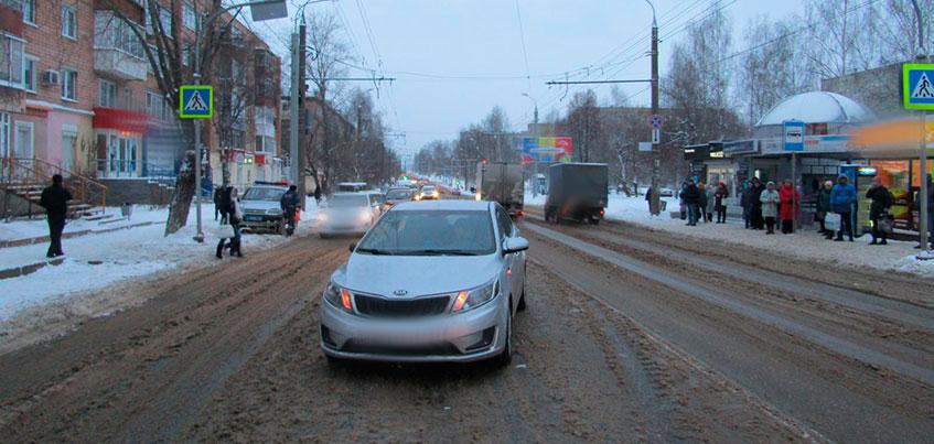 Два человека попали под колеса авто в Ижевске за сутки