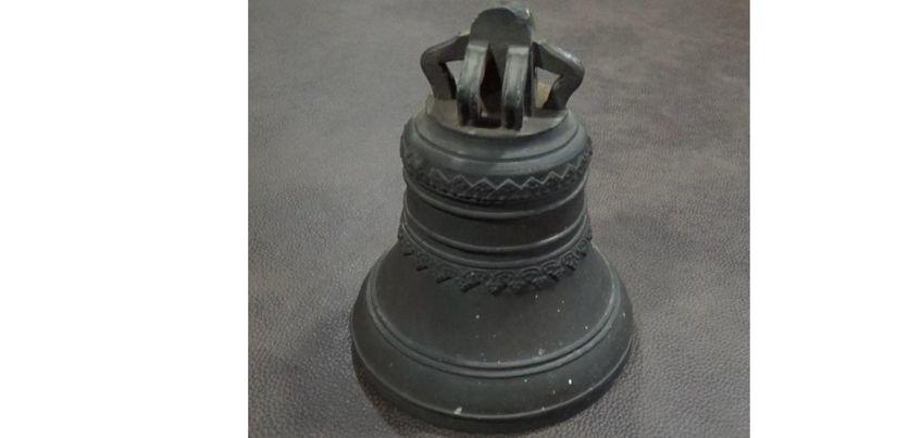 Похищенный школьниками колокол вернули на звонницу Оружейного завода в Ижевске