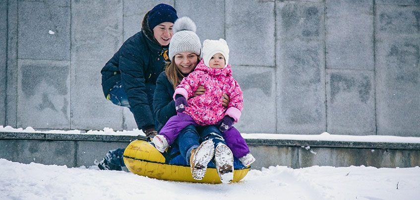 Зима в Ижевске: пробки, ДТП и неубранные тротуары