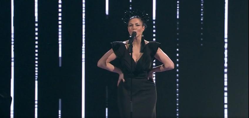 Певица из Удмуртии выступила в «Голосе» в неожиданном для себя образе