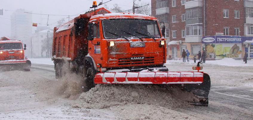 Глава Ижевска: город сэкономил на позднем снеге около 20 млн рублей