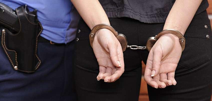 Сотрудники ФСБ задержали замначальника отдела  судебных приставов Ижевска за взятку