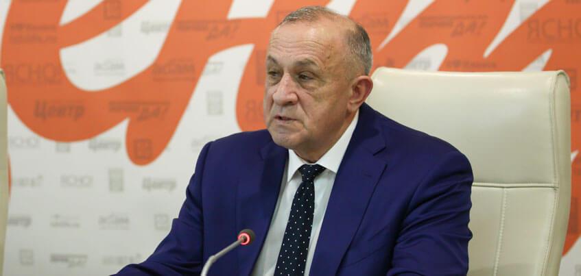 Экс-главе Удмуртии Александру Соловьеву продлили домашний арест до 4 апреля 2018 года