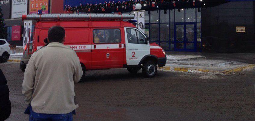 В Ижевске поступили сообщения о минировании торговых центров