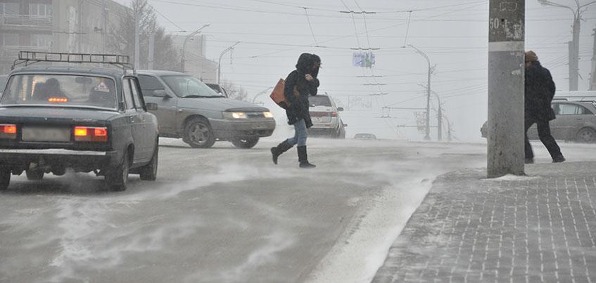 Администрация Ижевска предупредила горожан об усилении ветра