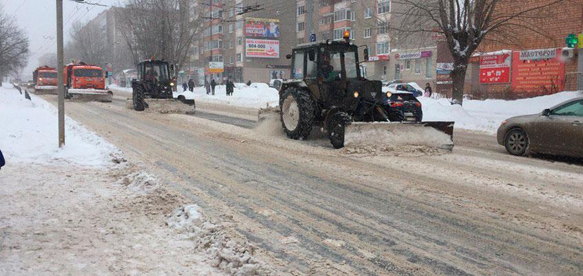 Глава Удмуртии назвал враньем нехватку денег на уборку снега в Ижевске