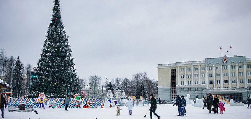 Идея гениальная, а воплощение плохое: эксперты о том, почему ледовый городок в Ижевске не удался