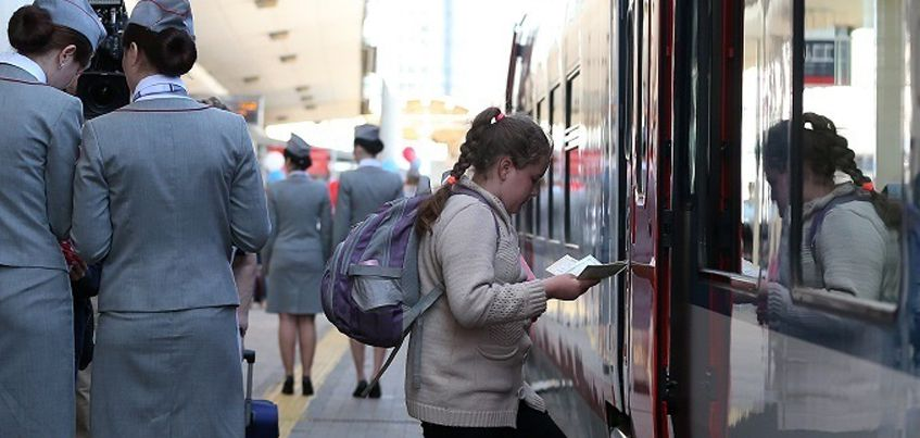 В Удмуртии дети старше 10 лет смогут ездить в поездах без родителей