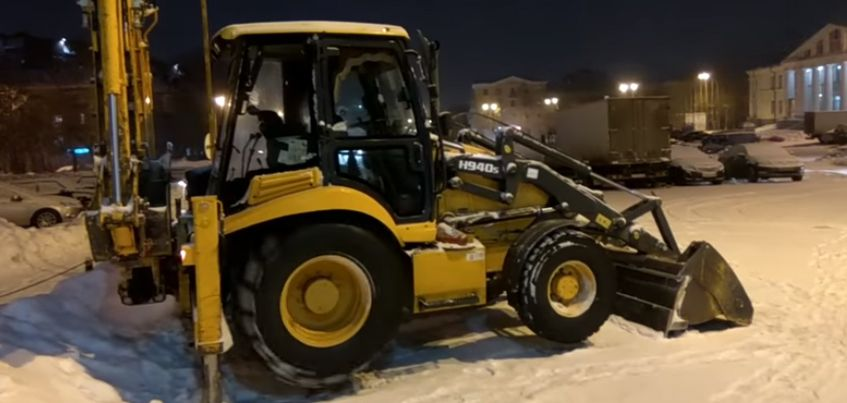 Прогревают или мухлюют: ижевчане заметили снегоуборочную машину, которая крутила колеса вхолостую