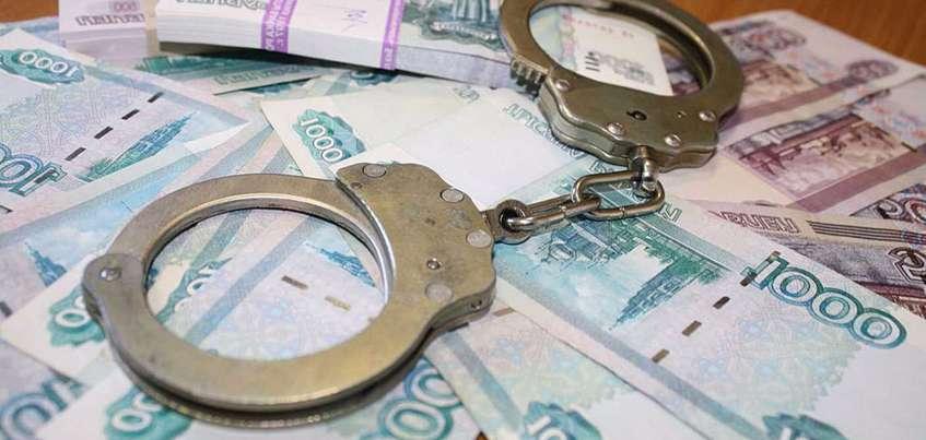 Бывший инженер Управления автодорогами Удмуртии обвиняется в мошенничестве