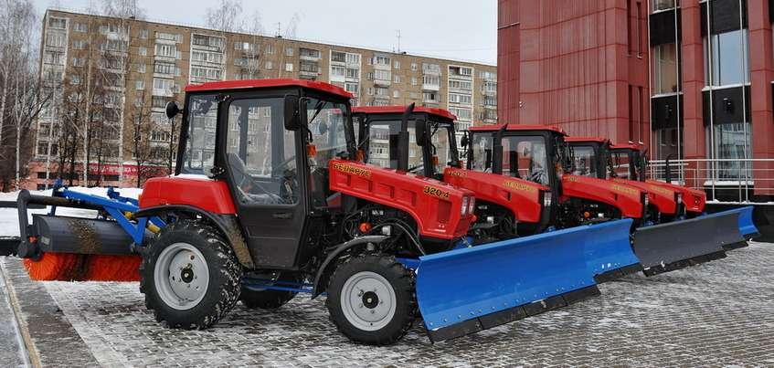 Тракторы с двигателями Lombadini закупили для уборки улиц Ижевска