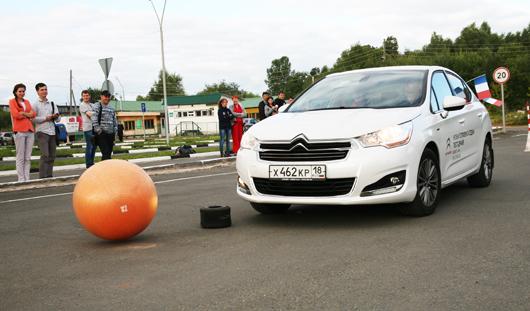 В Ижевске разыграны очередные 100 литров бензина от «Нашего радио»