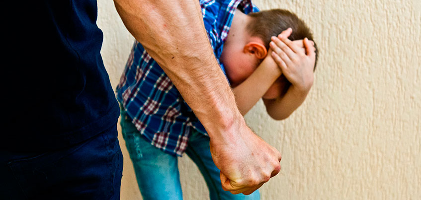 В Ижевске отец полтора года избивал своего 3-летнего сына