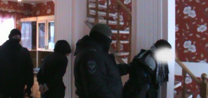 В Удмуртии правоохранители обнаружили подпольную лабораторию по производству наркотиков