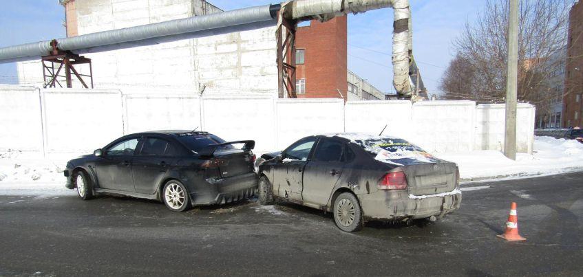 В Ижевске в ДТП на улице Кирпичной пострадала двухлетняя девочка