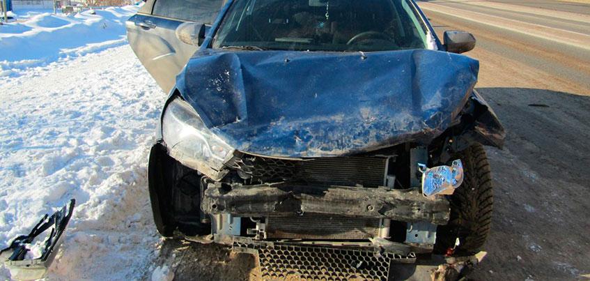 ДТП с участием 5 машин произошло на улице Новоажимова в Ижевске
