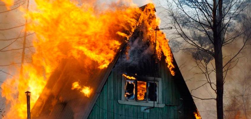 Жителя Ижевска осудили за убийство знакомого и поджог его дома