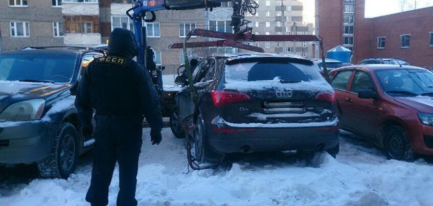 В Удмуртии мужчина лишился автомобиля за долги