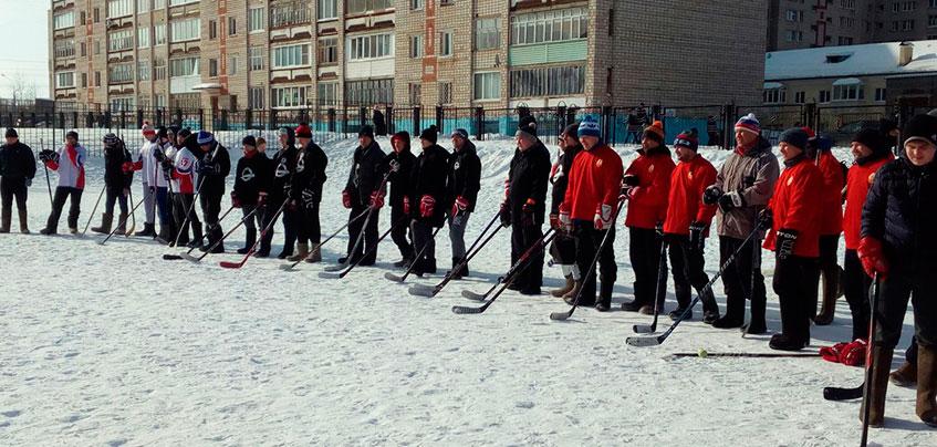 В Ижевске определились финалисты турнира по хоккею на валенках