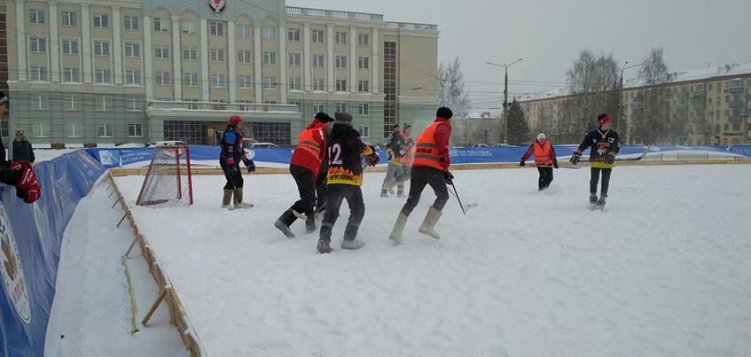 Финальные игры чемпионата по хоккею на валенках стартовали в Ижевске