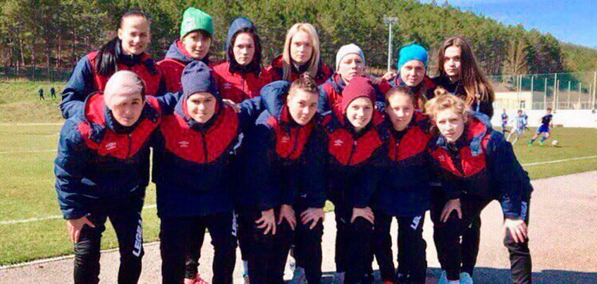 Футболистки «Торпедо» из Ижевска провели контрольный матч с «Кубаночкой» из Краснодара