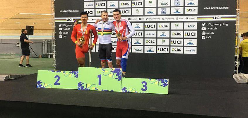 Велогонщик из Удмуртии Арслан Гильмутдинов выиграл бронзу на чемпионате мира в гите на 3000 метров