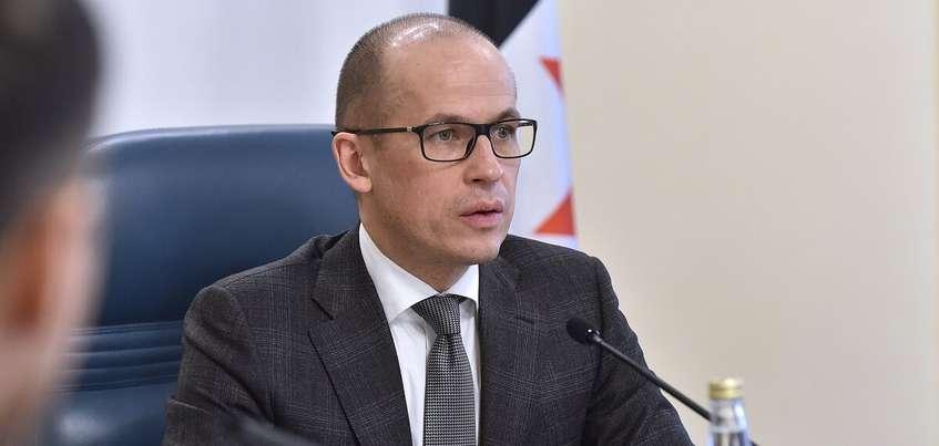 Глава Удмуртии сообщил о возможном сокращении чиновников