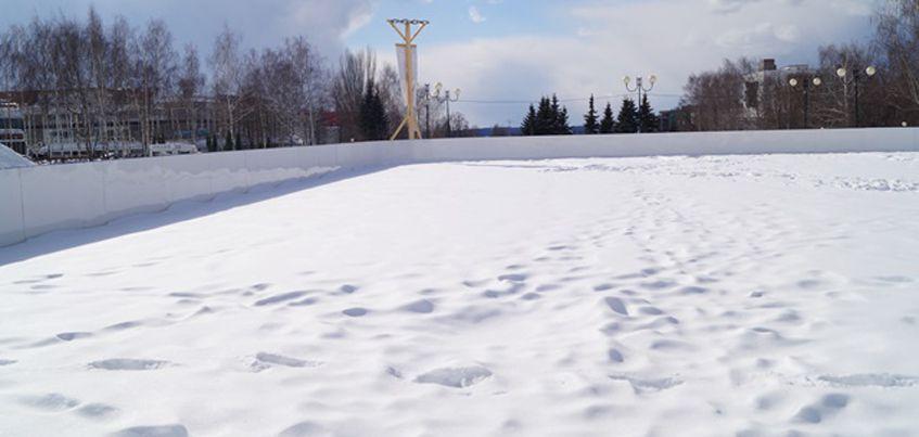 В ледовом городке «Сказбург» на Центральной площади Ижевска исчезнет каток