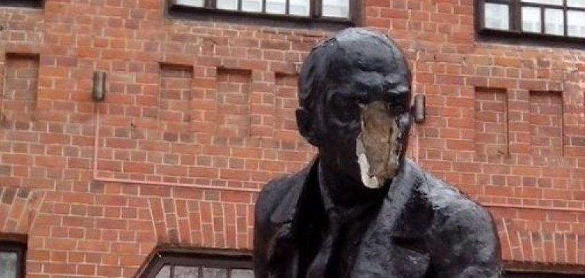 Потерявший лицо памятник Ленину восстановят в Удмуртии