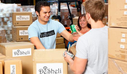 Хроника проведения Desheli благотворительной акции помощи беженцам