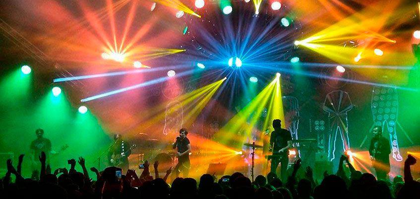 «Спасибо, что делаете мою жизнь лучше»: что зрители думают о концерте Би-2, который пройдет в Ижевске?