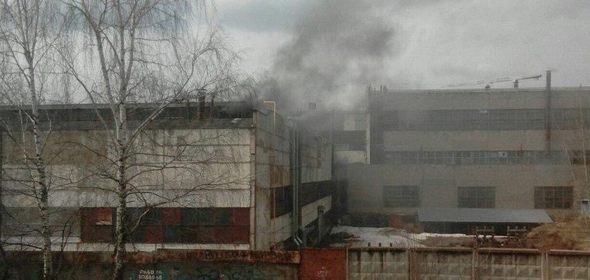 Пожар произошел на территории НИТИ «Прогресс» в Ижевске