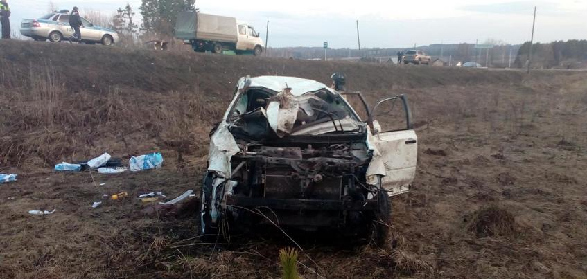 Пьяный водитель внедорожника перевернулся на дороге в Удмуртии