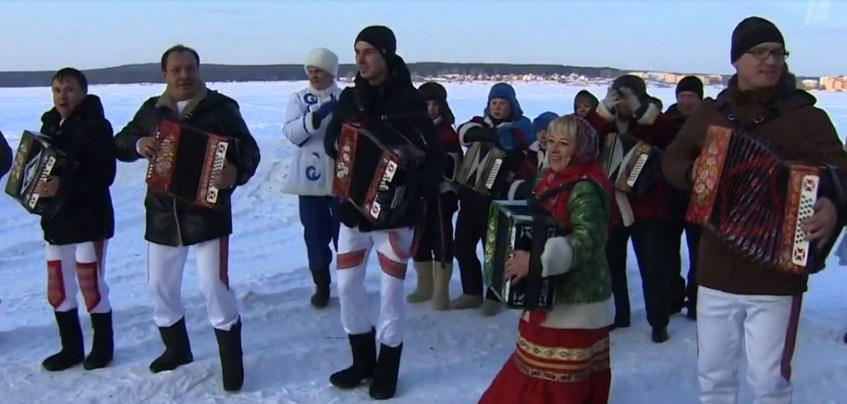 Второй выпуск передачи «Играй, гармонь любимая!» в Удмуртии вышел на Первом канале