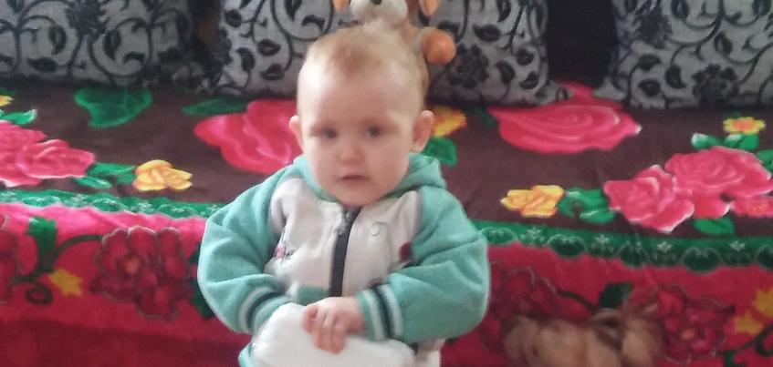 Нужна помощь: маленькой Алене с редким заболеванием кожи нужны дорогостоящие кремы