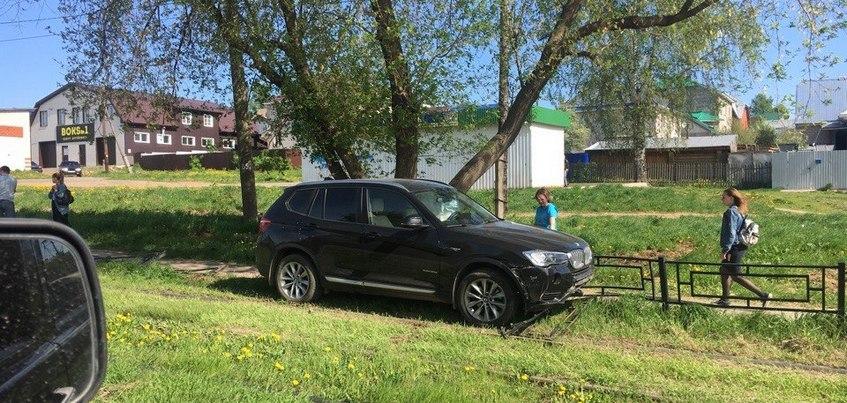 Движение трамваев в сторону улицы Тимирязева прервано в Ижевске