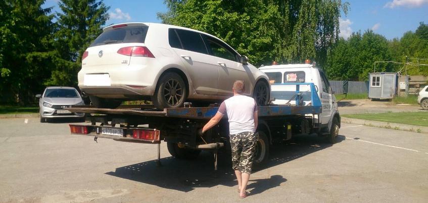 Ижевчанка лишилась автомобиля из-за долгов по налогам на 4,5 миллиона