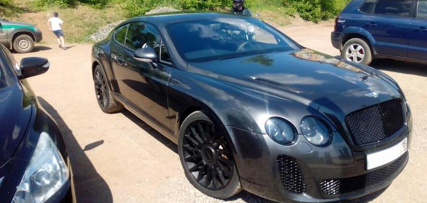 Автомобиль Bentley арестовали в Удмуртии из-за долгов