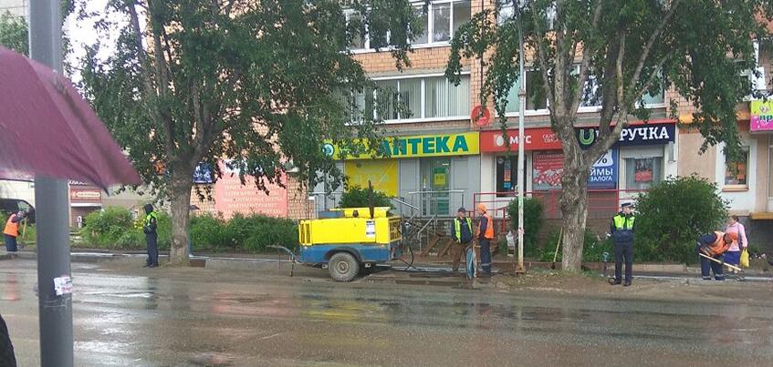 Переход на Клубной в Ижевске: на месте бывшей зебры, где сбили девушку, установили ограждение