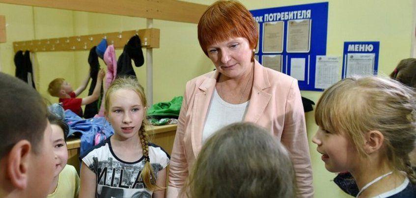 Министр образования Удмуртии проверила лагерь «Дружба», где в 2017 году отравились дети