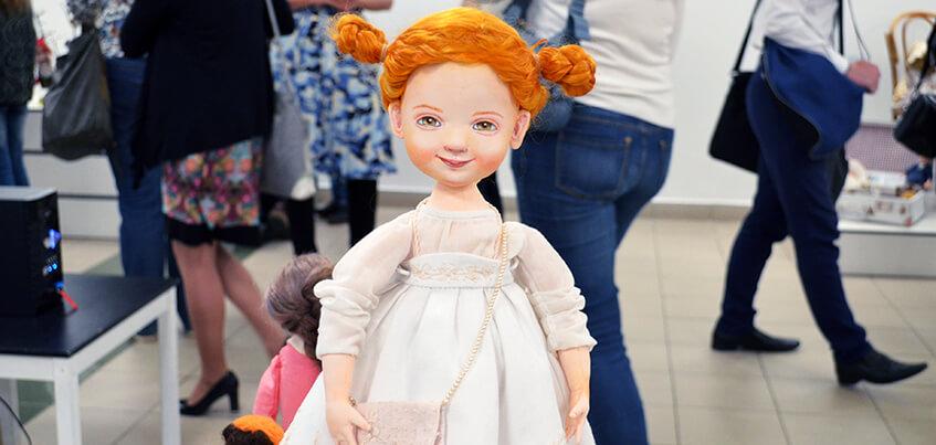 Мастерицы из 8 городов России представили свои куклы в Ижевске
